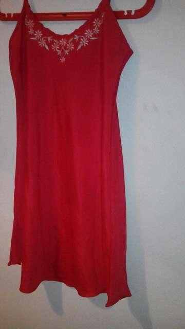 Imagen producto Blusa roja talla l 1
