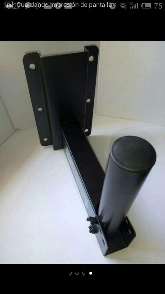 Imagen producto Soporte altavoces pared inclinables nuevos. 2