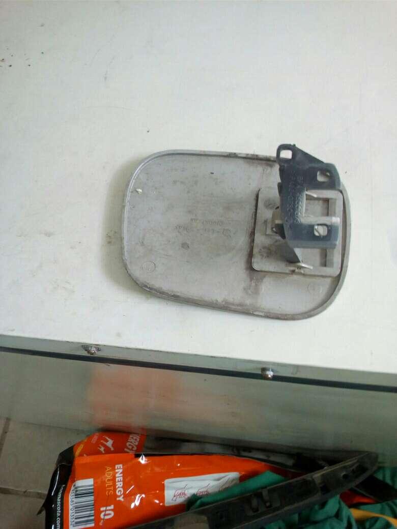Imagen producto Tapa de gasolina Rover 25 2