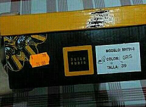 Imagen producto Tacones dulce rubio 3