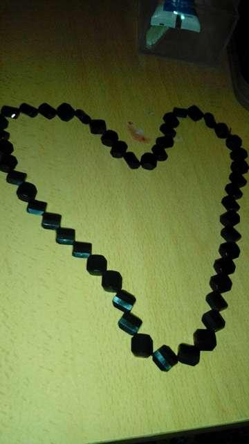 Imagen collar negro corazon