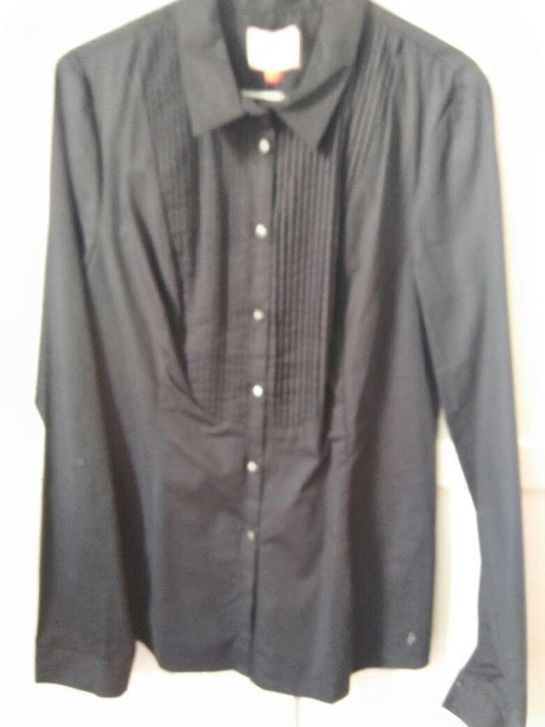 Imagen producto Camisa negra sin estrenar 2