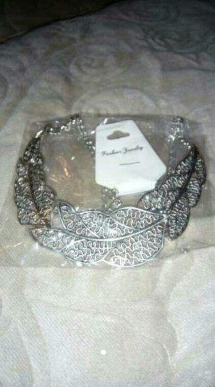Imagen collar plata