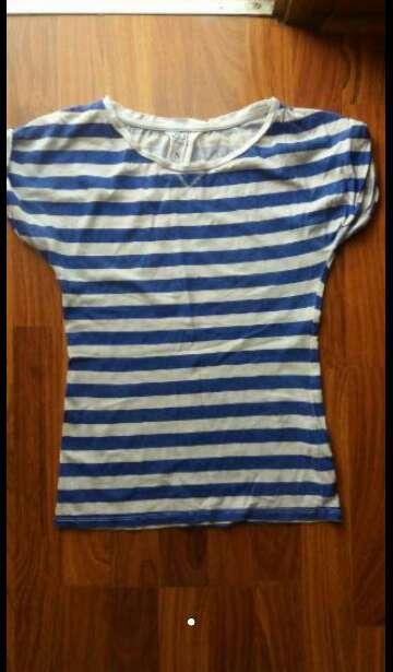 Imagen camiseta de rayas