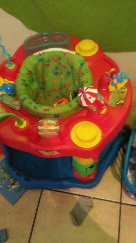 Imagen brincador de bebe
