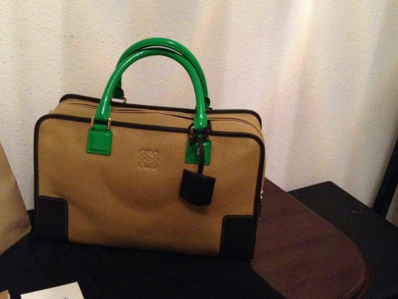 Imagen Bolso Loewe amazona oro/verde