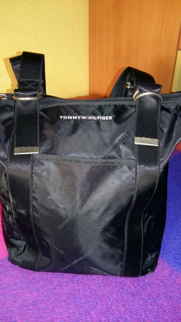 Imagen producto Bolso Tommy Hilfiger 2