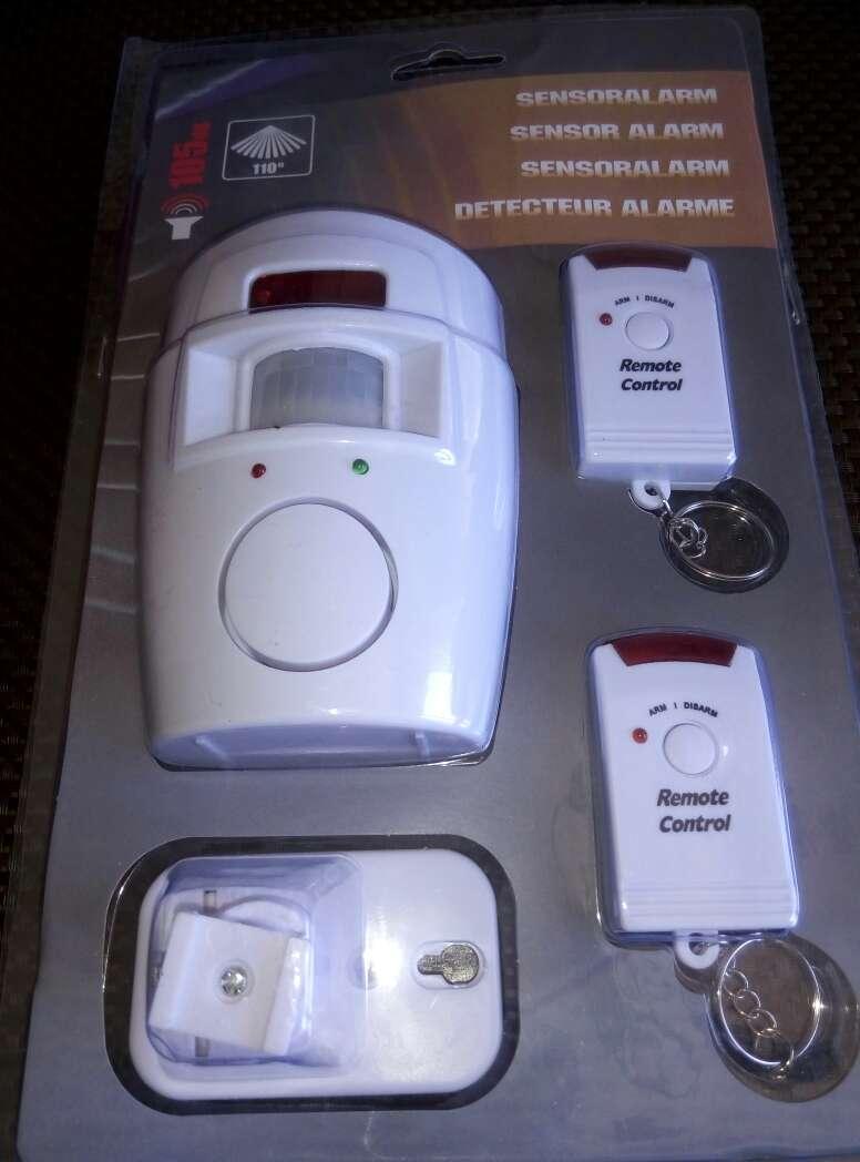 Imagen producto Alarma con sensor y 2 mandos nuevo. 3