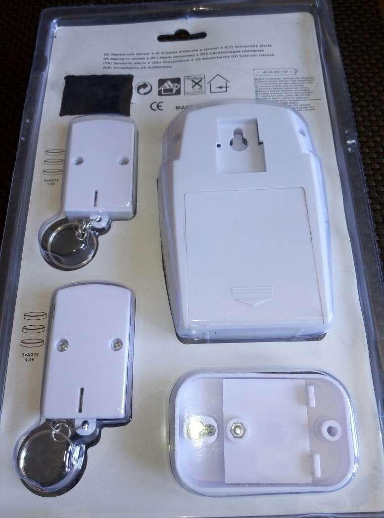 Imagen producto Alarma con sensor y 2 mandos nuevo. 4