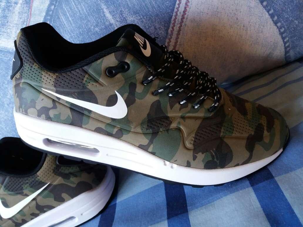 Imagen producto Nike Air max camuflaje nuevas 2