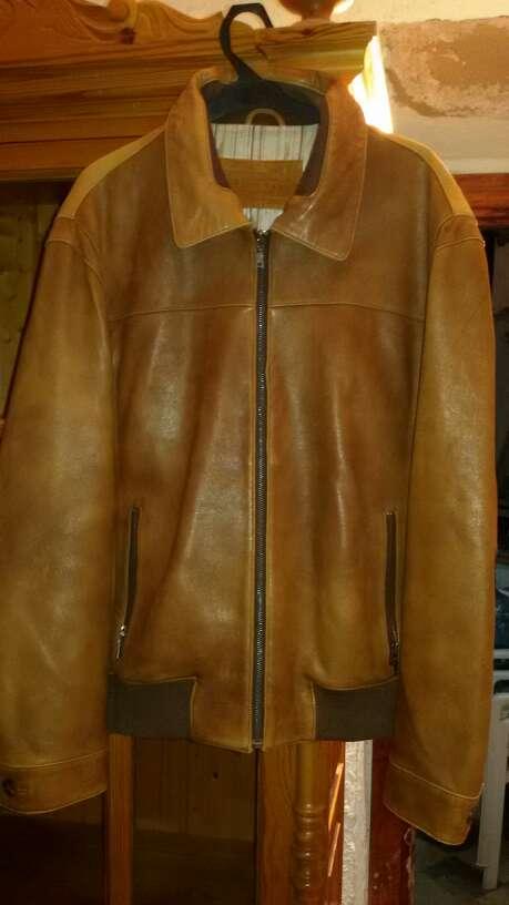Imagen chaqueta piel Docayro