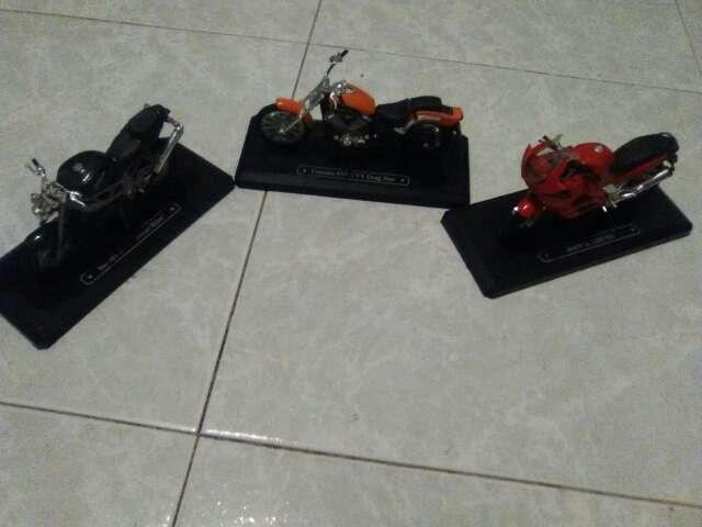 Imagen lote de tres motos colección