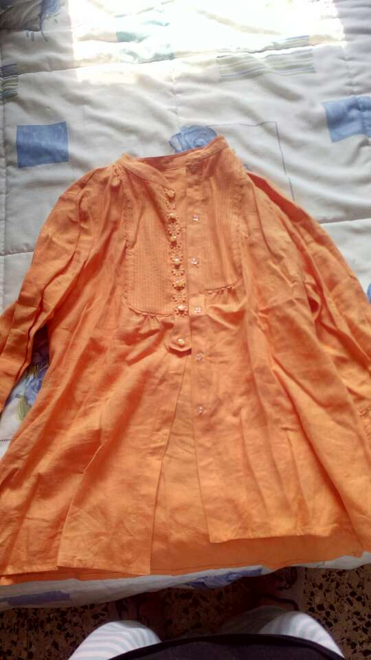Imagen blusa naranja