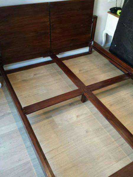 Imagen producto SALE! Teak bed & matress 2