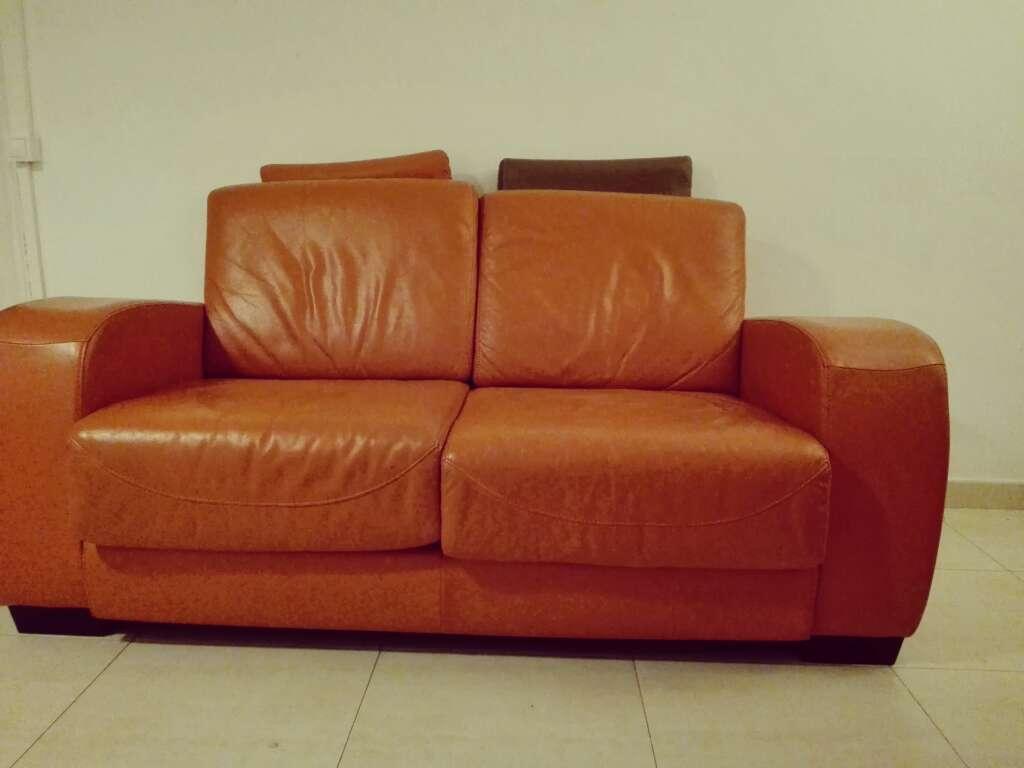 Imagen producto Sofá piel naranja de 2 plazas 2