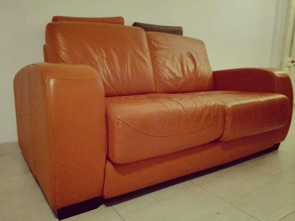 Imagen Sofá piel naranja de 2 plazas