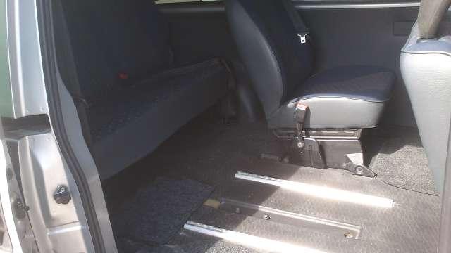 Imagen producto Peugeot Expert combi 8 1.9 diésel - 2003- 7 plazas + 1 silla de ruedas para discapacitado (homologado)  2