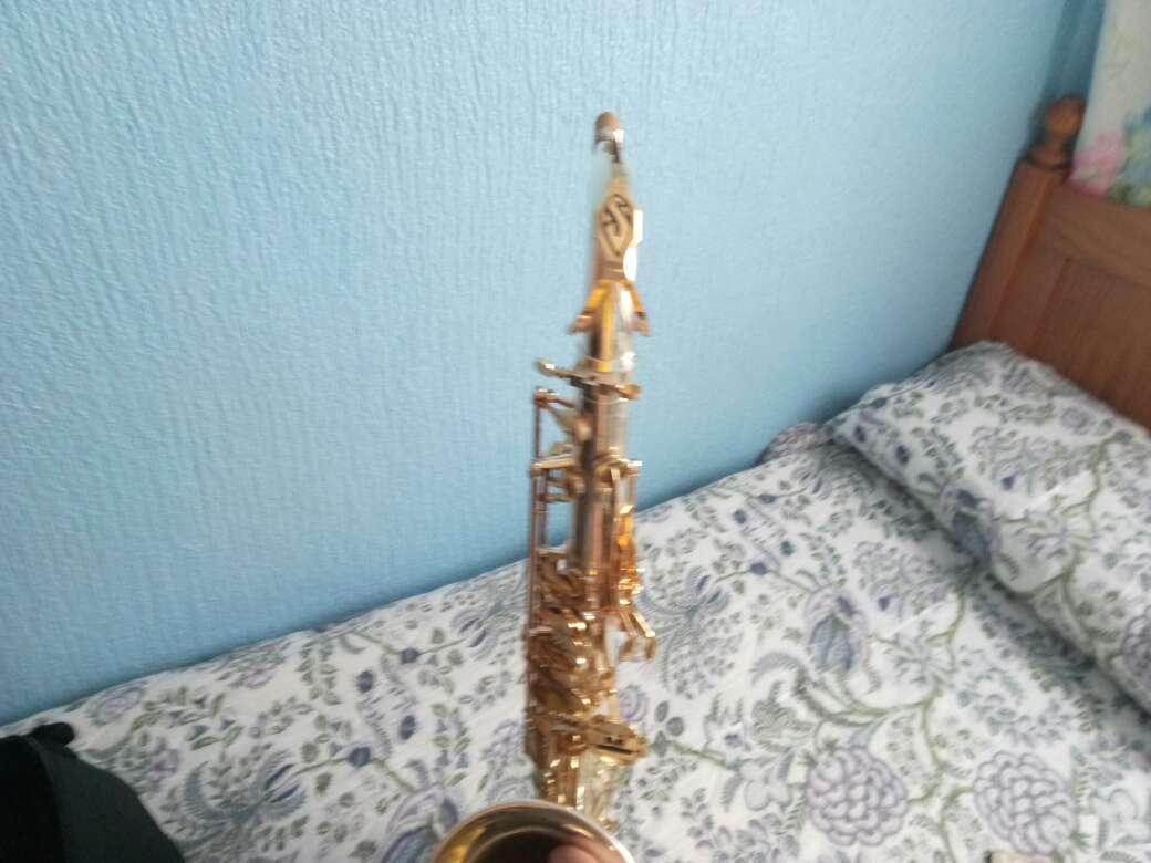 Imagen saxofón tenor selmer replica