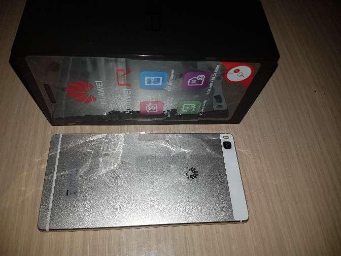 Imagen producto Huawei P8 blanco 4