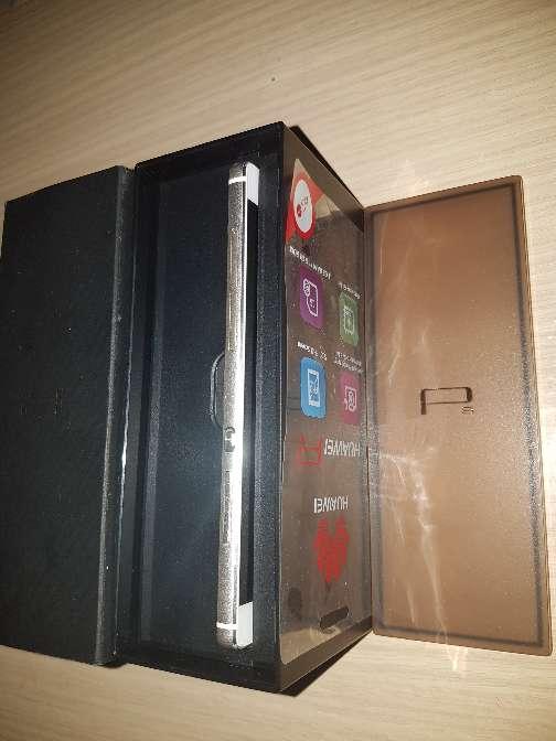 Imagen producto Huawei P8 blanco 3