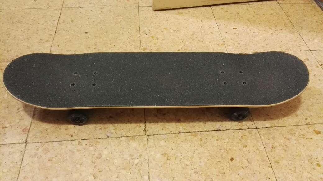 Imagen producto Tabla de skate básico 1