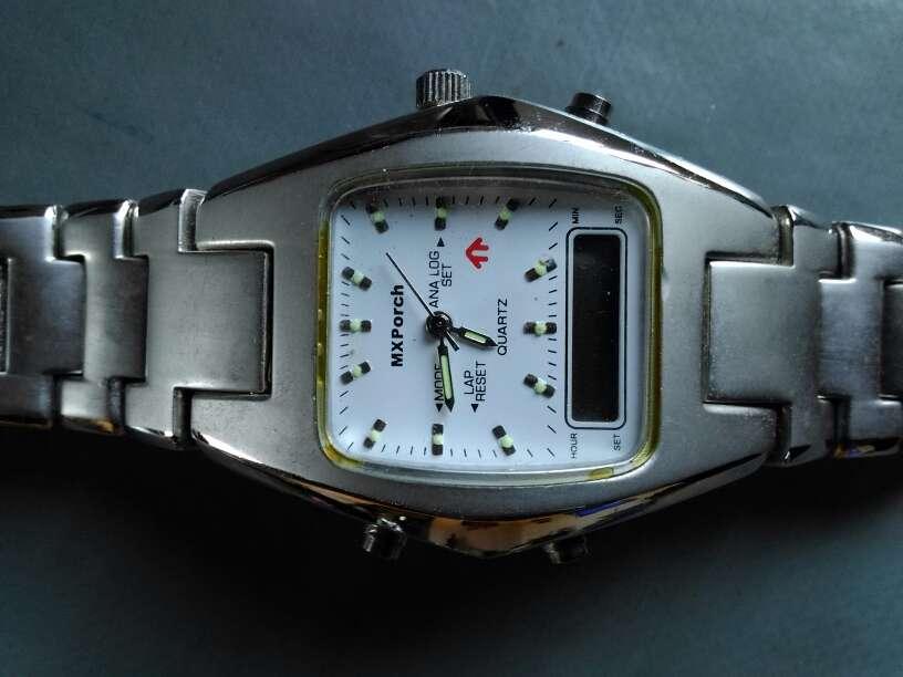 Imagen producto Vendo reloj sin pila 2