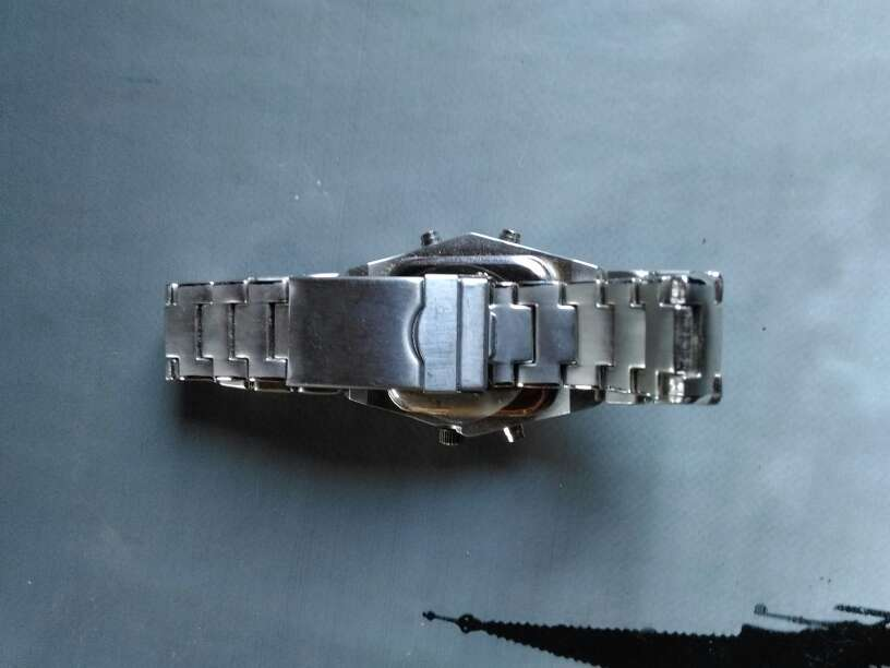 Imagen producto Vendo reloj sin pila 3