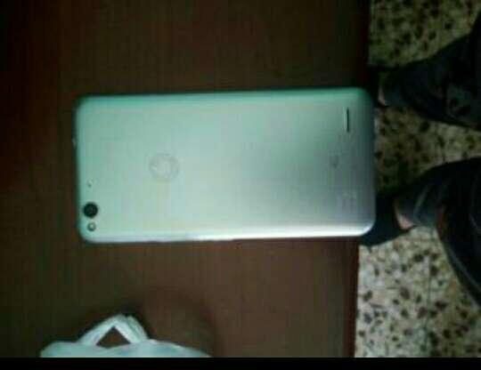 Imagen producto Movil Vodafone ultra 6 2