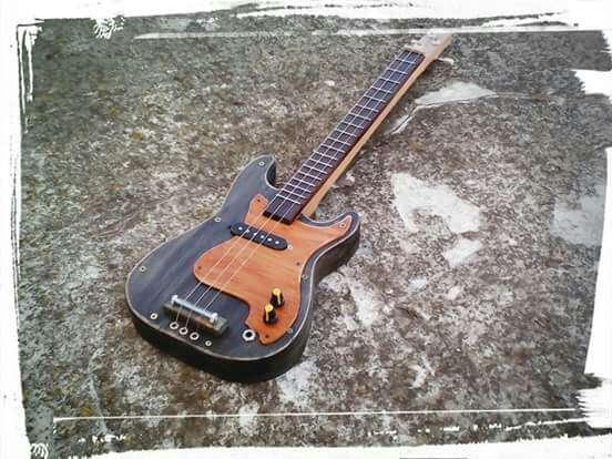 Imagen Cigar box guitar