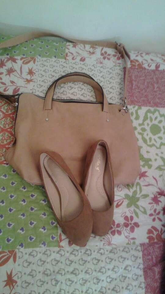 Imagen Bolso y zapatos