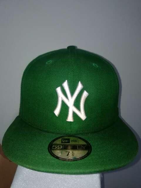 Imagen producto New Era New York Yankees Gorra Básica Verde 2