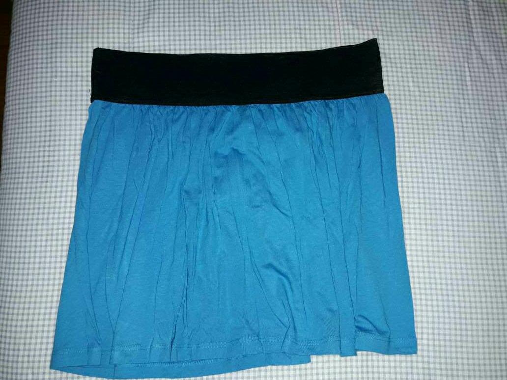 Imagen falda azul