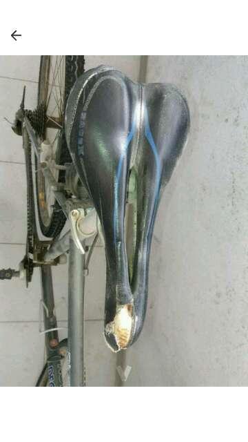 Imagen producto Bici Riverside 700 con candado 2