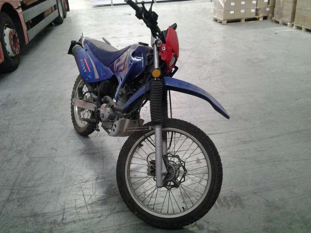 Imagen producto Moto de 125 Cc 4