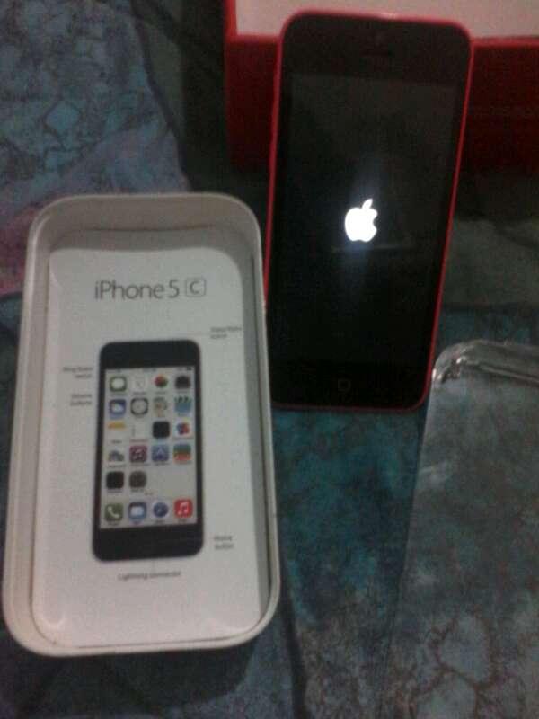 Imagen iPhone 5c perfecto estado con caja