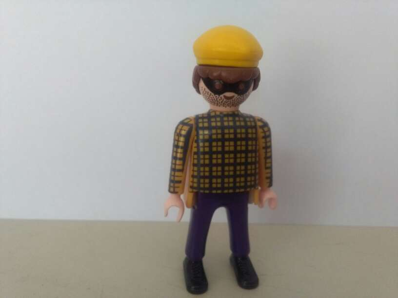 Imagen producto Playmobil ladron 1
