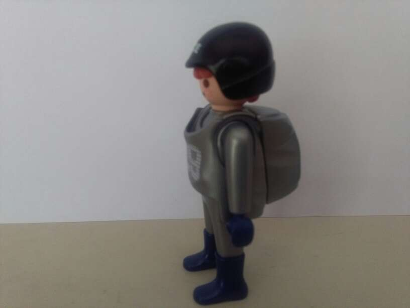 Imagen producto Playmobil policia 2