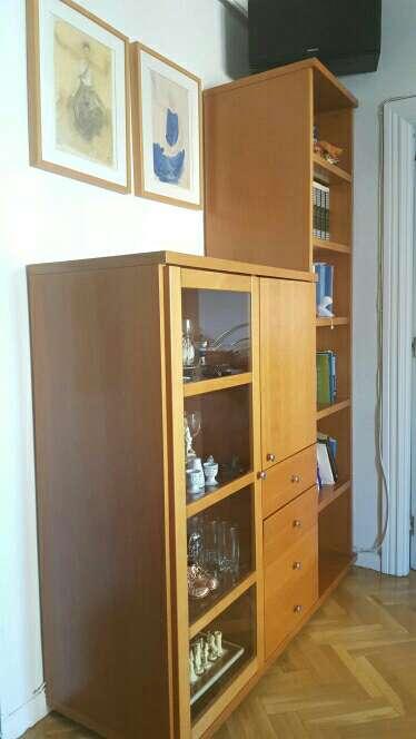 Imagen Mueble madera maciza de cerezo. Lo vendo por cambio de mobiliario