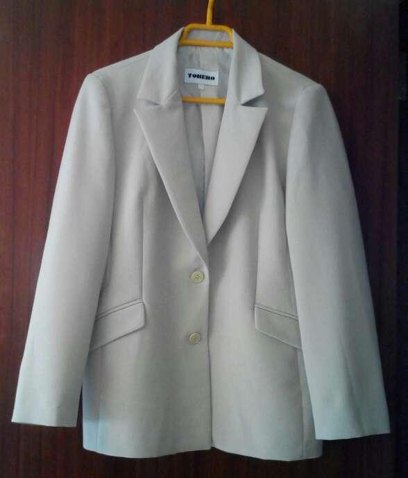Imagen chaqueta americana beige