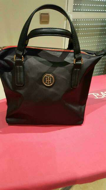 Imagen producto Bolso tommy hifiger  1