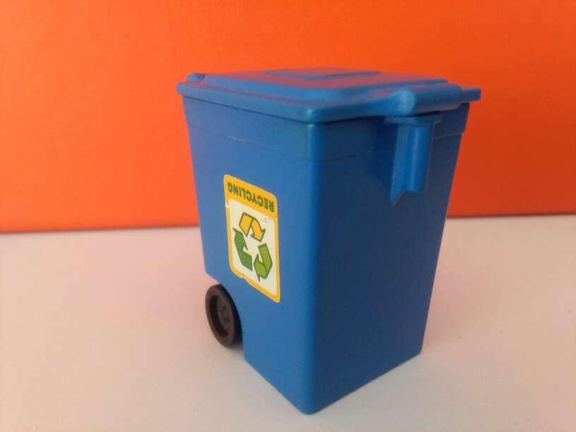 Imagen playmobil cubo basura
