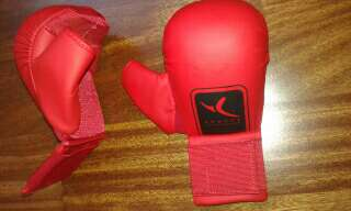 Imagen Guantes body combate, karate