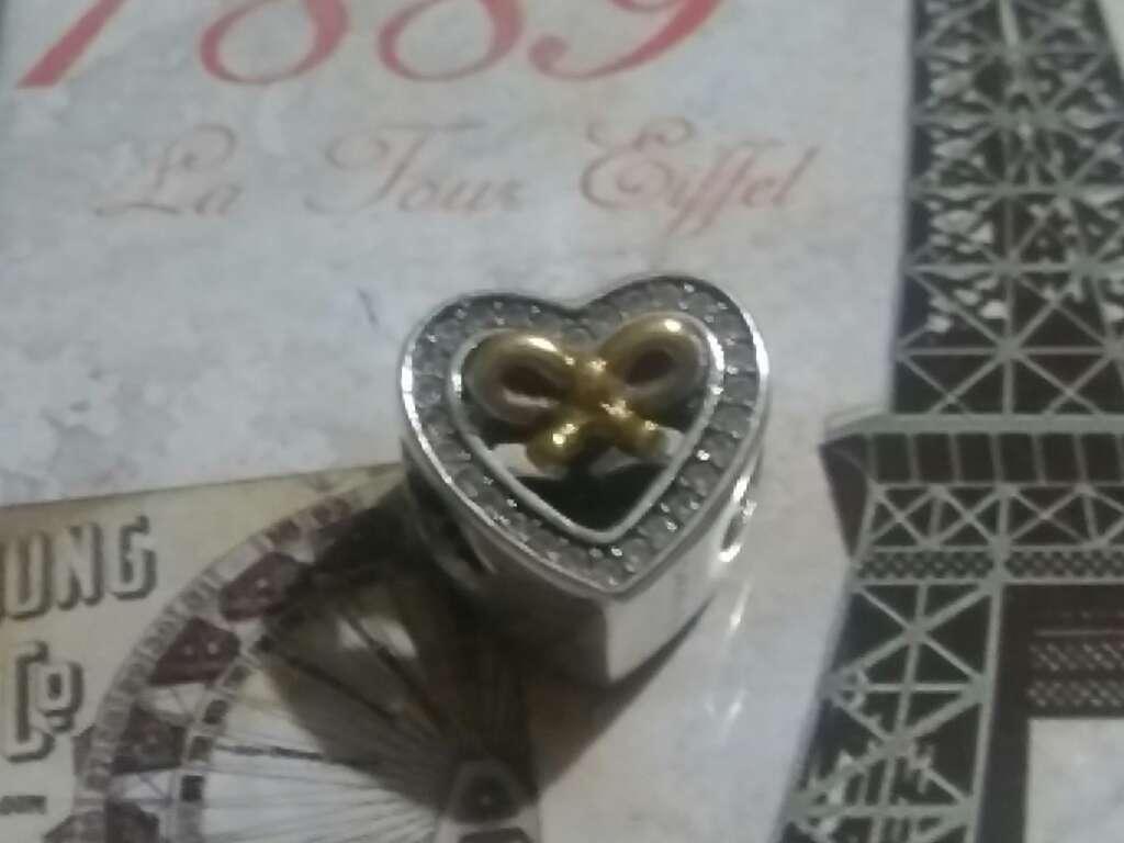 Imagen producto Charms (Corazón con Lazo)  4