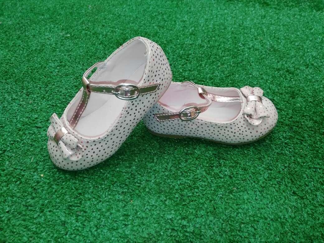 Imagen Zapatos de La Redoute. Talla 22.
