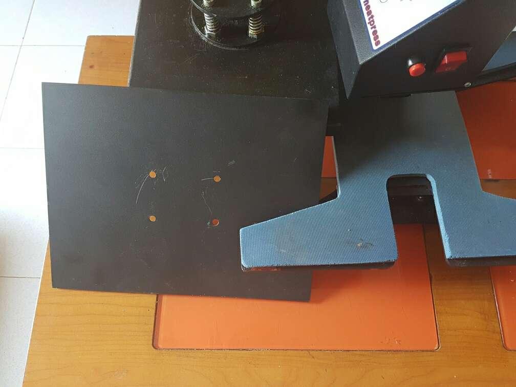 Imagen producto Maquina transfer zapatillas y ropa 38×38 . 2