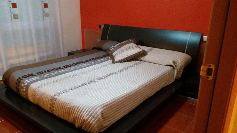 Imagen dormitorio matrimonio. Urge vender. precio negociable