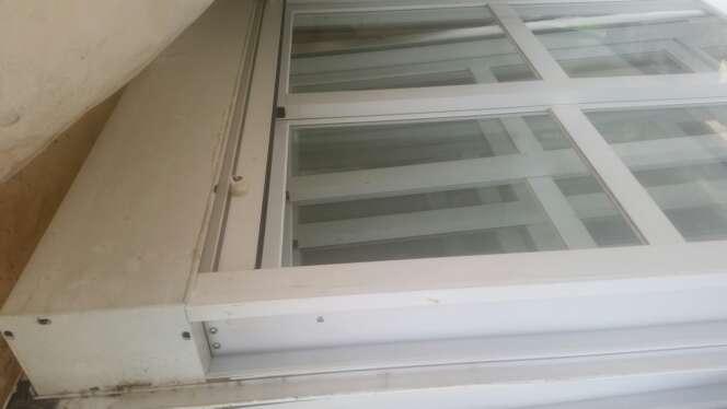 Imagen ventanas, puerta y ventanal de aluminio
