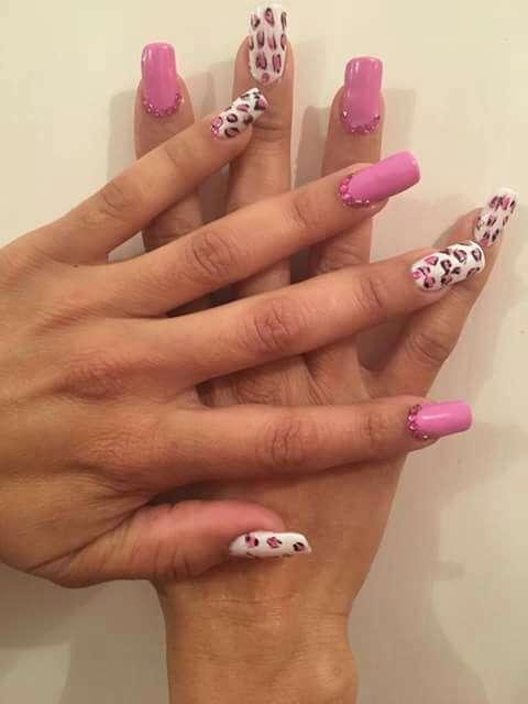 Imagen producto Curso de uñas esculpidas  4
