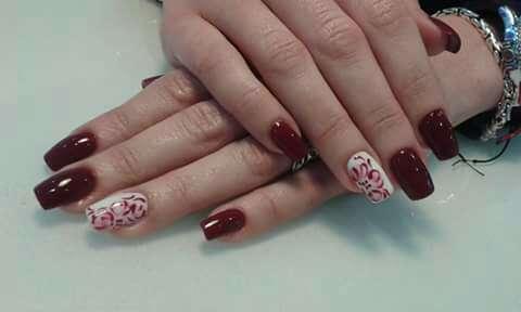 Imagen producto Curso profesional uñas y manicura  2