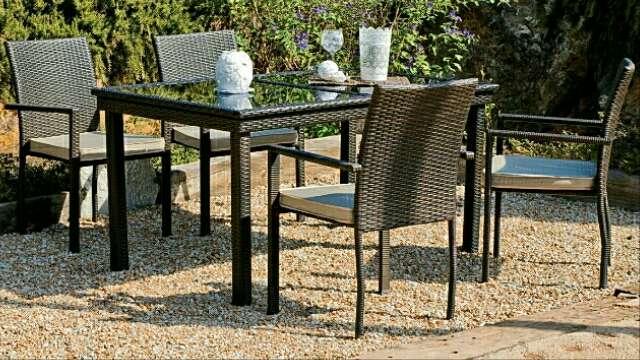 Imagen producto Mesa extensible y sillas de jardín /Nuevo 2